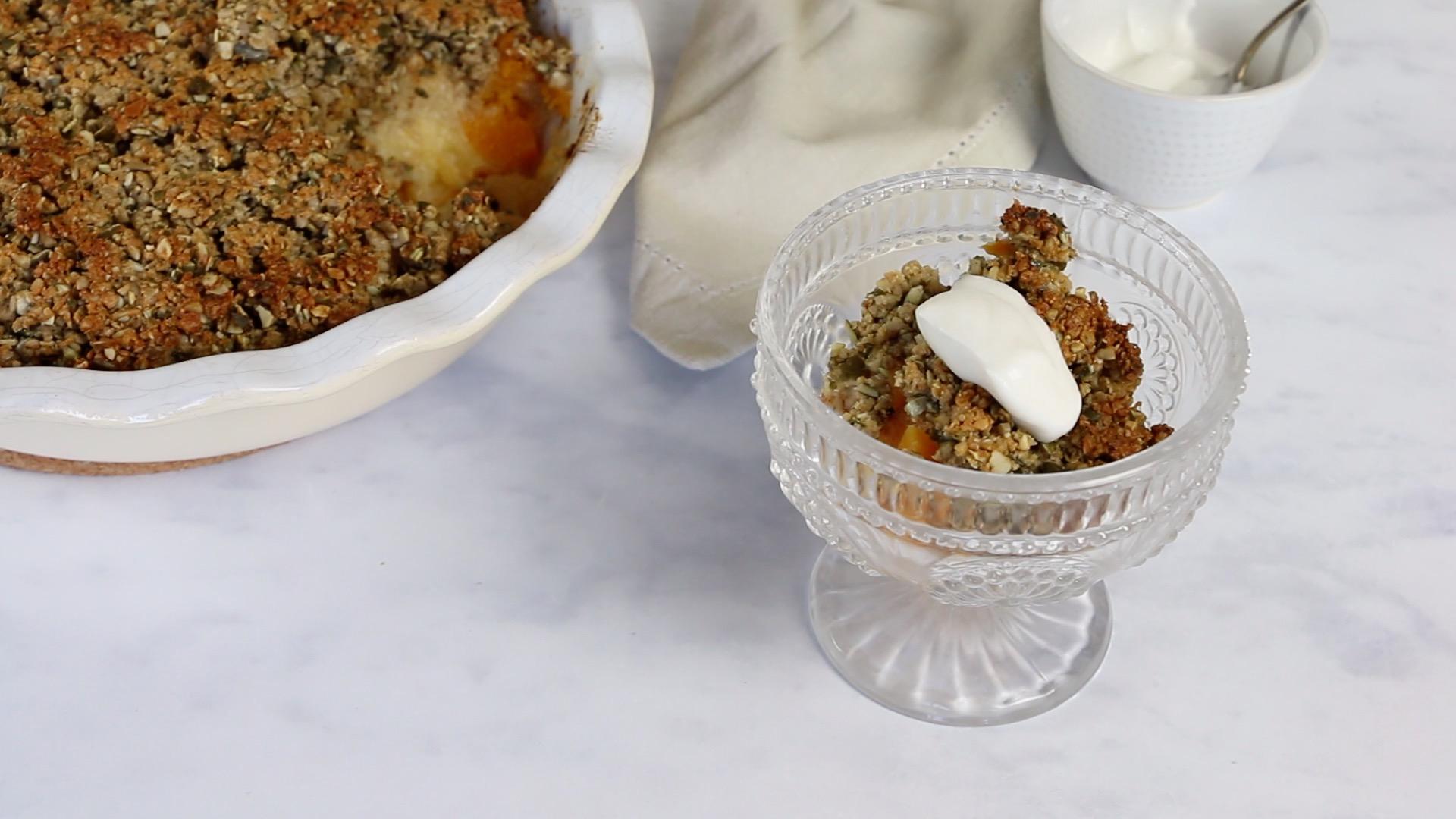 Crumble de marmelo e abóbora butternut
