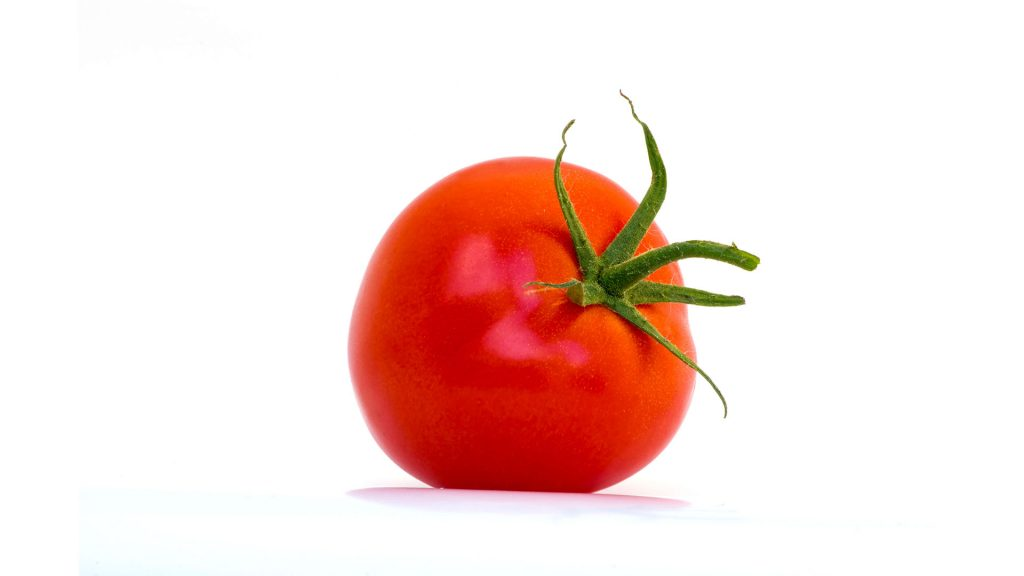 Tomates recheados com Quinoa, Tomate Seco e Pinhões